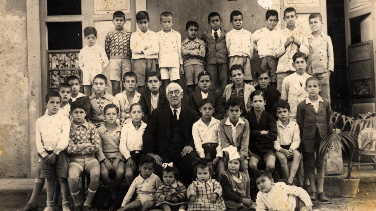 Curso de la escuela San José, en La Isleta, Las Palmas de Gran Canaria