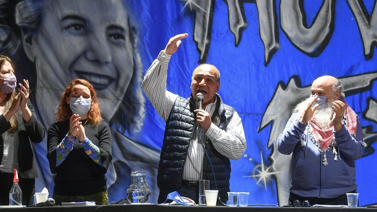El nuevo jefe de Gabinete, Juan Manzur, en el encuentro del Movimiento Evita