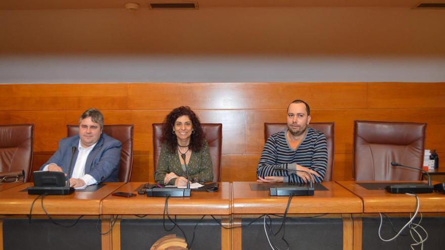 Alberto Bolado, Rosana Alonso y Daniel Ahumada en rueda de prensa.