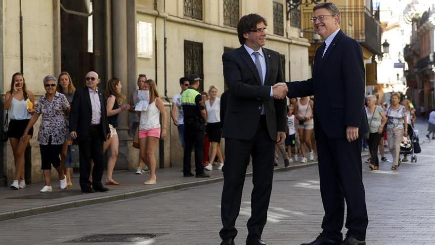 """Ximo Puig: """"Queremos que Cataluña siga en una España diferente y plural"""""""