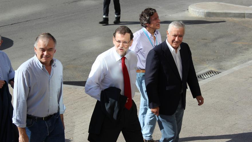 Mariano Rajoy entra en el hotel Siete Coronas de Murcia para clausurar la Intermunicipal del PP / PSS