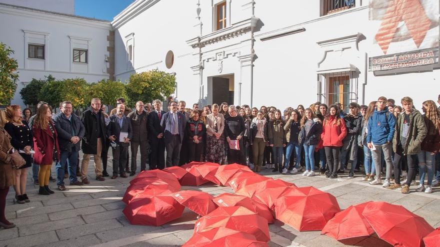 Actos en la Asamblea de Extremadura con motivo del Día Mundial contra el Sida