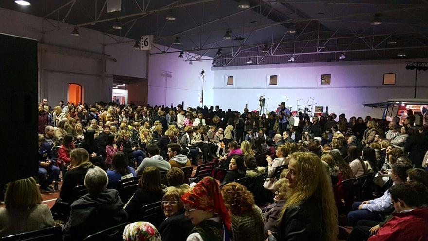 El evento del año pasado logró reunir a cientos de personas   FACEBOOK ROSA NAVIDAD