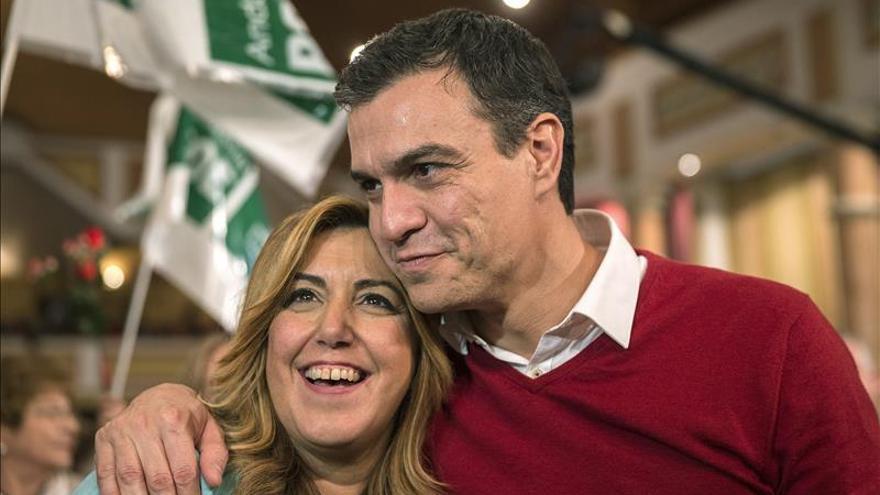 """Sánchez pide vestir a España de """"rojo"""" para que haya un gobierno socialista"""