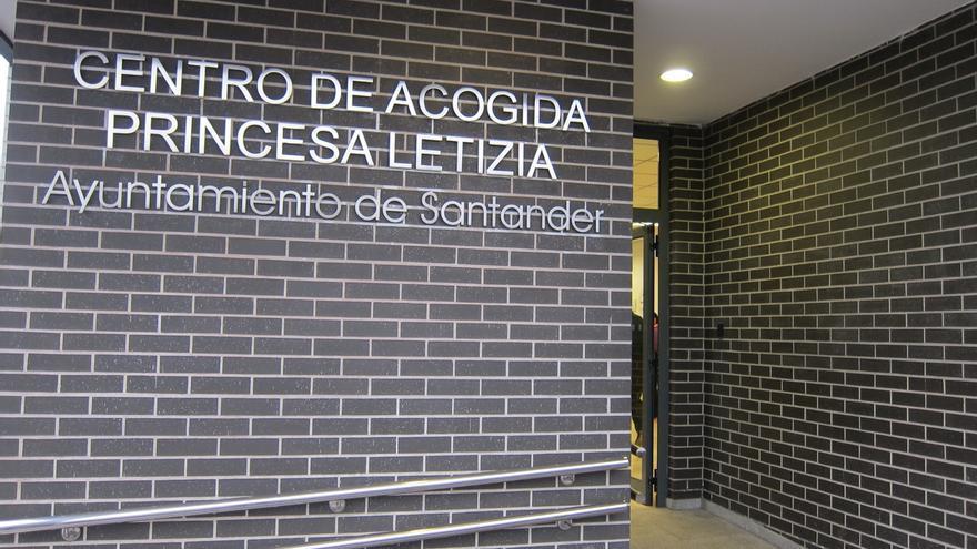 El PSOE pide un servicio especial del TUS al centro de acogida de Candina