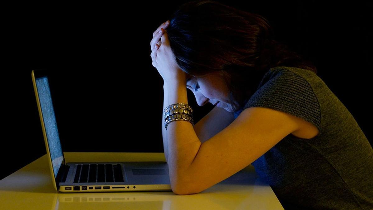 El estudio analiza más de 2,5 millones de mensajes de Facebook y Twitter.