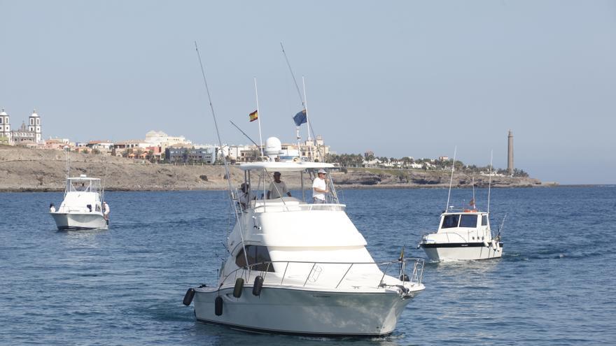 Pesqueros participantes en la prueba.