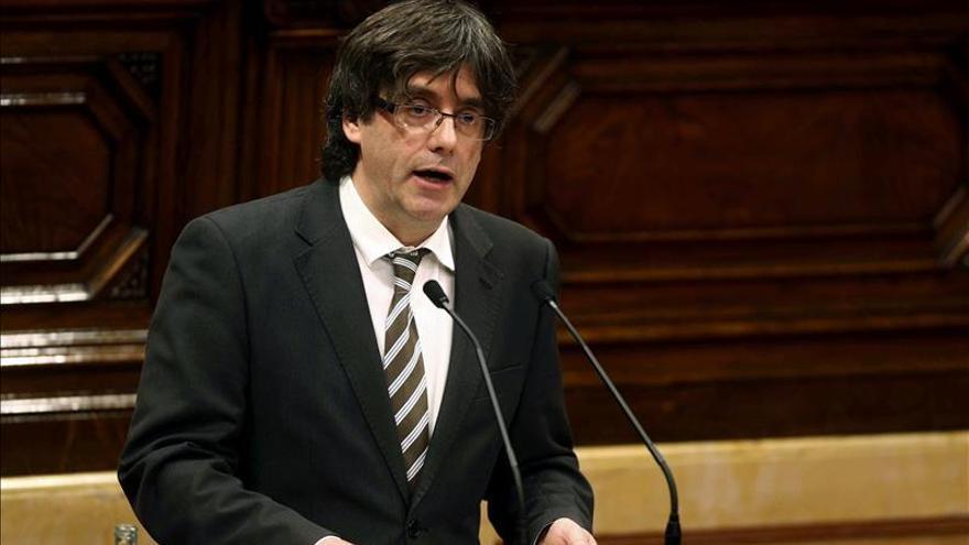 Puigdemont reivindica el municipalismo en su renuncia a la alcaldía de Girona