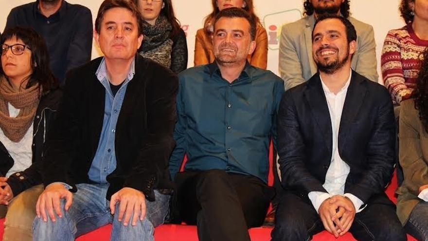 García Montero cree que la irrupción de nuevos partidos refuerza el bipartidismo