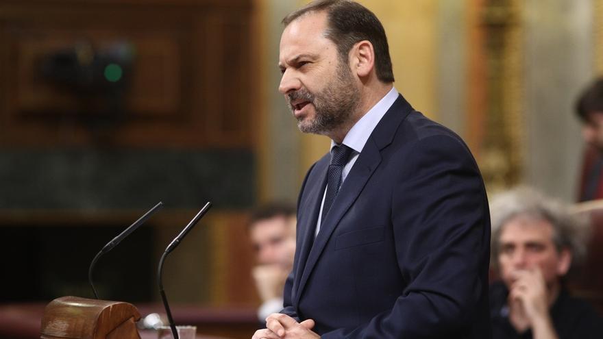 """El PSOE descarta una moción de censura """"a corto plazo"""" como quiere Iglesias y critica presentarlas cada tres meses"""