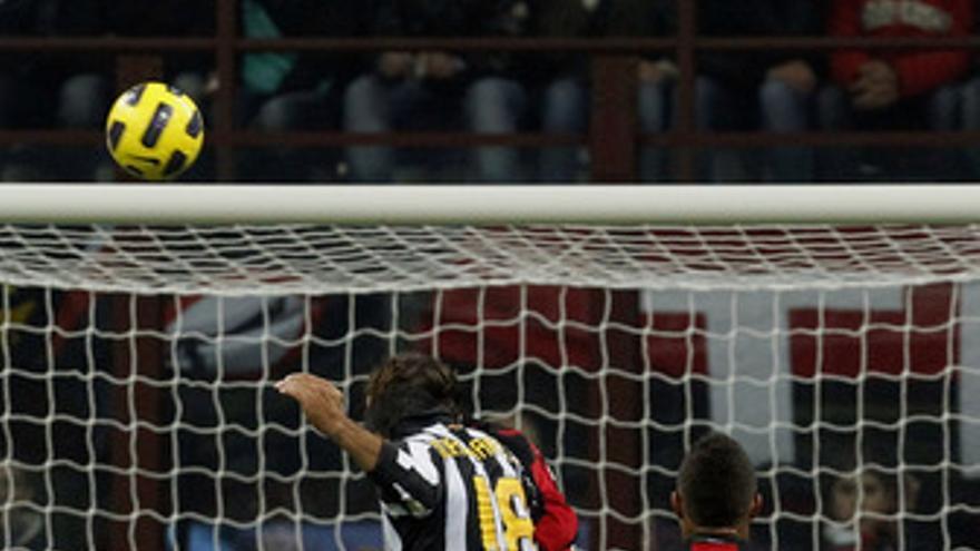 Juventus sorprende al Milan