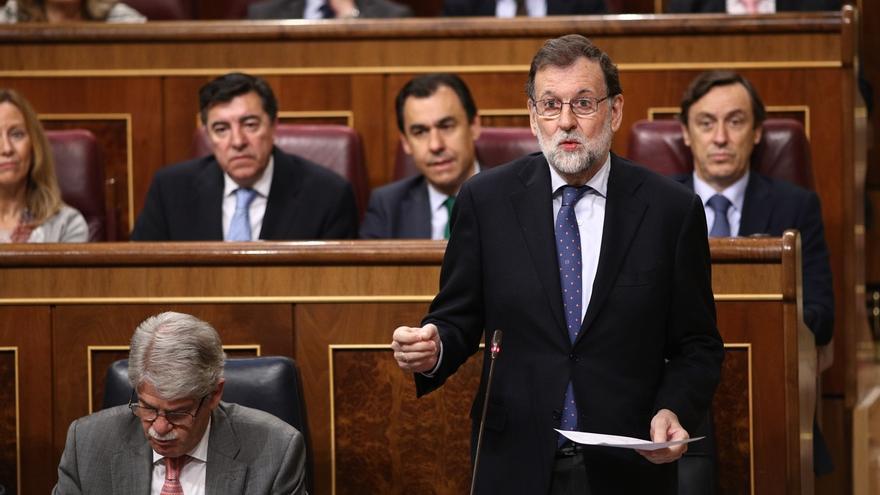 Rajoy defiende la independiencia de Moix y acusa a Pablo Iglesias de querer controlar a jueces y fiscales