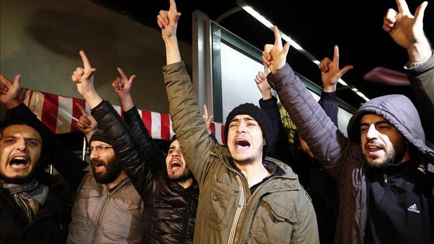 """El mundo musulmán reacciona con críticas al último número de """"Charlie Hebdo"""""""