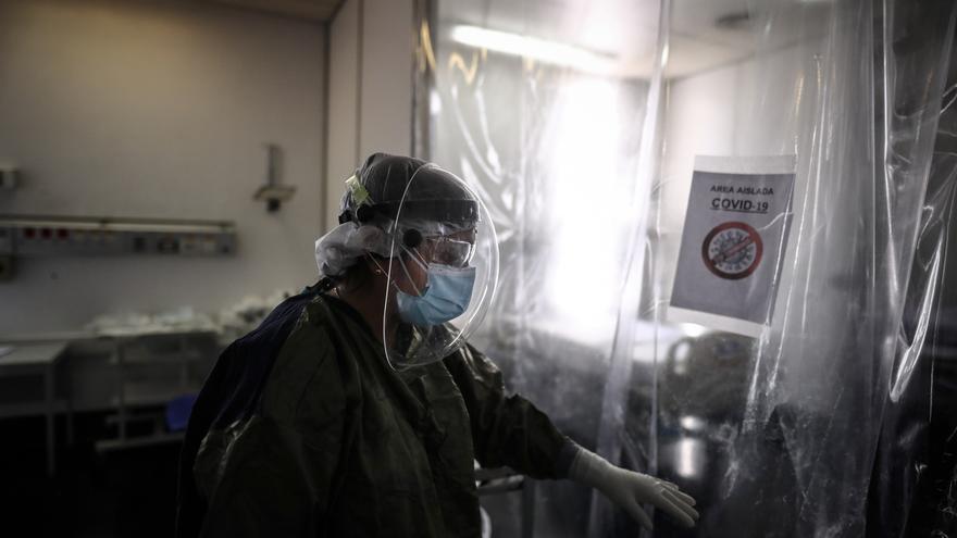Argentina supera los 3 millones de casos de covid-19 y acumula 64.252 muertos