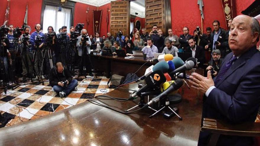Torres Hurtado en la rueda de prensa posterior a su detención   EP
