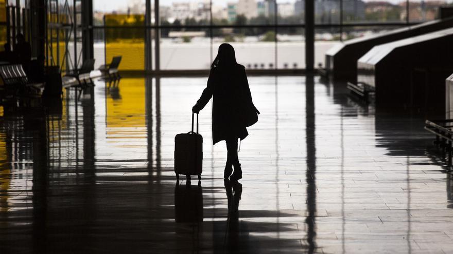 La aerolínea debe pagar el traslado a destino si desvía el vuelo a un aeropuerto cercano, según el TUE