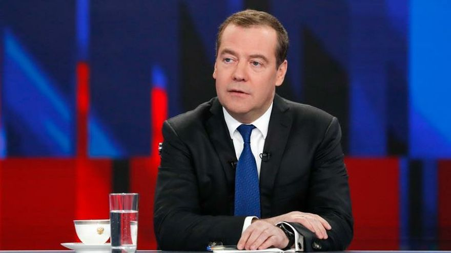 Russian Prime Minister Dmitry Medvedev attends an annual televised interview with Russian TV channels during a program 'Conversation with Dmitry Medvedev' to sum up the results of government's work over the year at the Ostankino TV Center in Moscow, Russia, 05 December 2019. (Rusia, Moscú) EFE/EPA/DMITRY ASTAKHOV / SPUTNIK / GOVERNMENT PRESS SERVICE POOL MANDATORY CREDIT