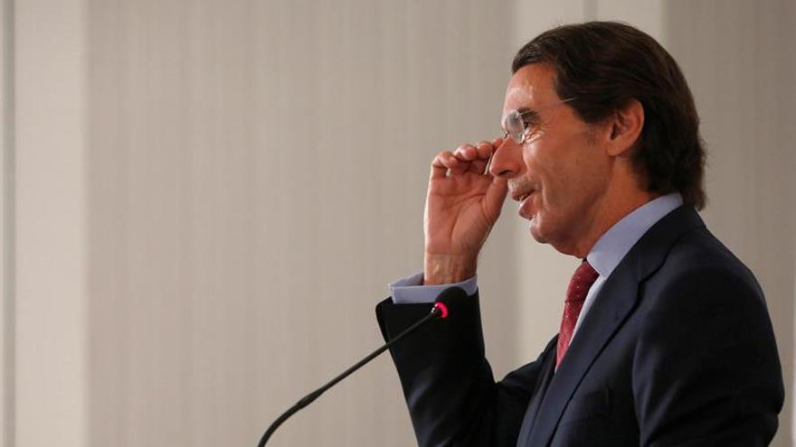 """Aznar pide una respuesta decidida frente a quienes """"quieren destruir Europa"""""""