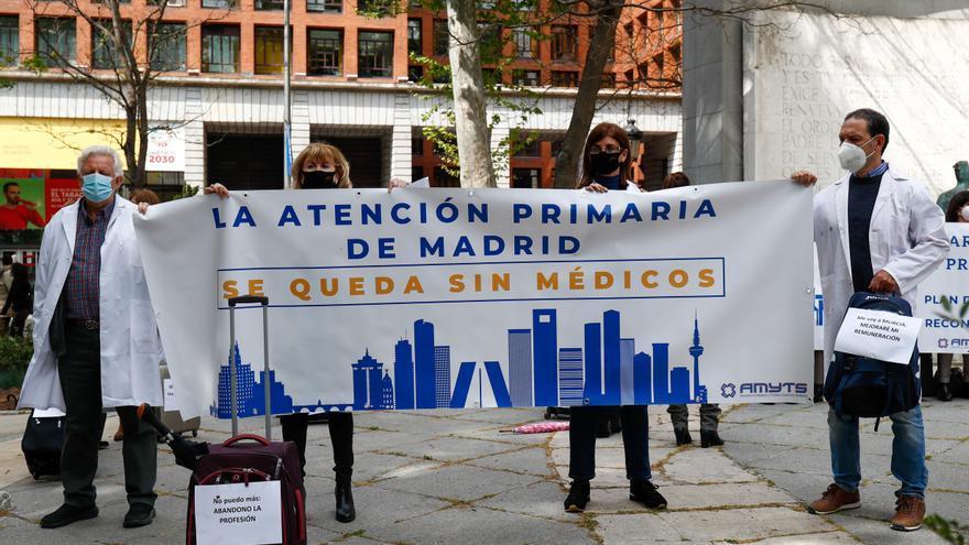 Protesta de médicos de Atención Primaria en Madrid el 20 de abril.