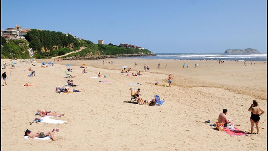 Playa de La Concha, en Suances.    joselito.jb33
