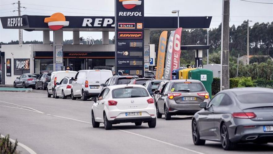 Los transportistas anuncian que no cumplirán servicios mínimos en Portugal