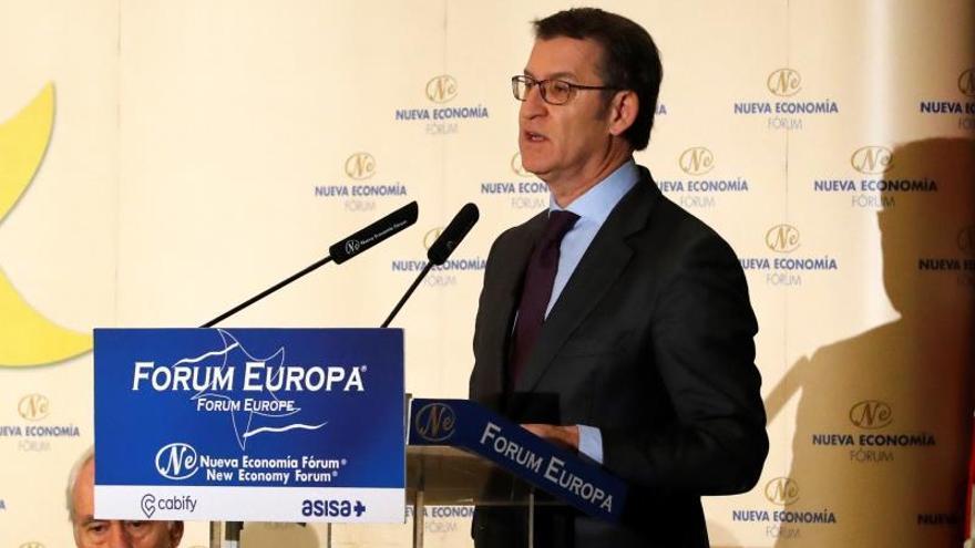 """Feijóo llama a superar la política de bloques """"y empezar en Galicia"""""""