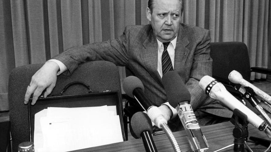 """Murió Schabowski, el miembro del Politburo que """"abrió"""" el Muro de Berlín"""