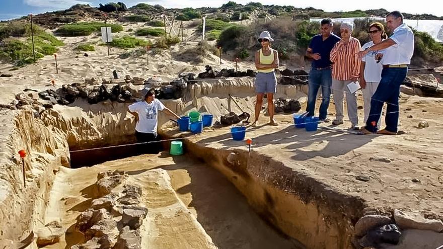 Yacimiento arqueológico en la Isla de Lobos.