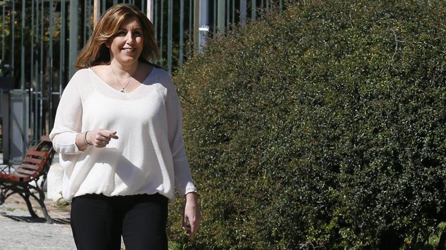 """IU sostiene que Susana Díaz """"actúa y gobierna como si fuera un hombre"""""""