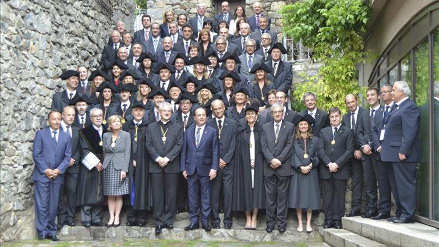 François Hollande elogia las reformas de apertura de Andorra
