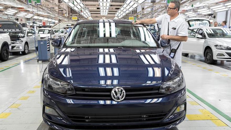 Volkswagen ganó 6.875 millones de euros hasta junio, un 6,6 % más