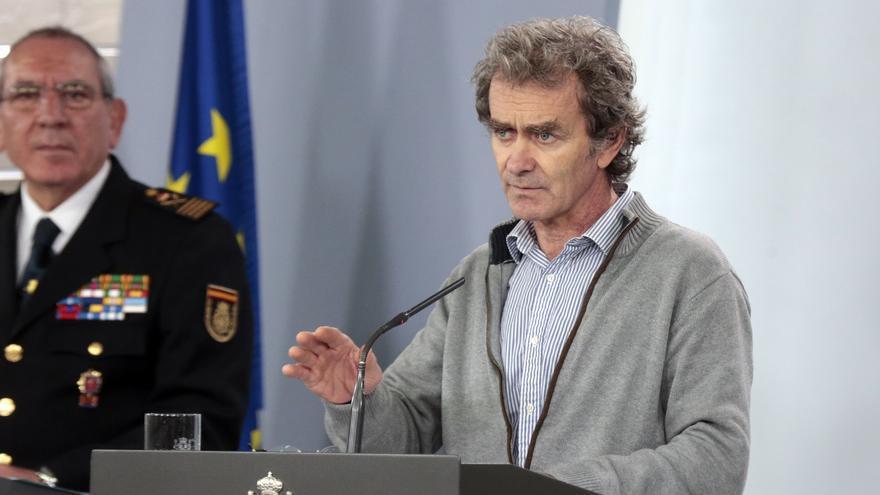 El director del Centro de Coordinación de Alertas y Emergencias Sanitarias del Ministerio, Fernando Simón, interviene en la rueda de prensa convocada para informar de las últimas novedades sobre la situación del Covid-19 en España / Europa Press