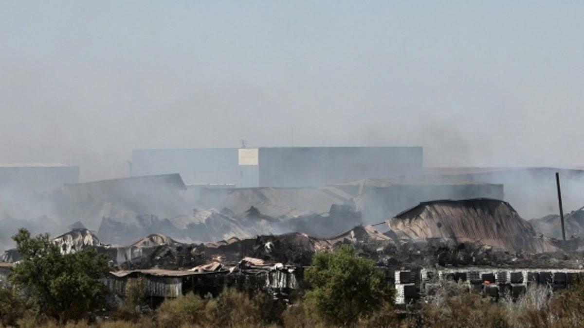 Labores de extinción del incendio en agosto de 2016