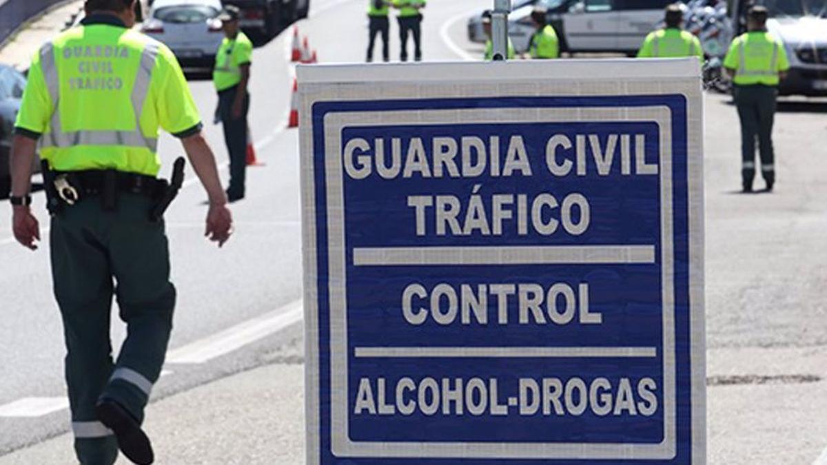 Control de alcohol y drogas de la Guardia Civil.