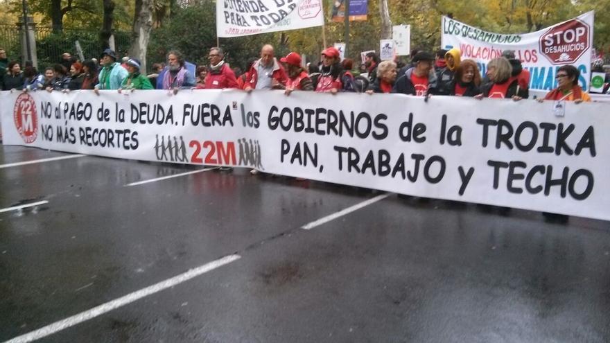 """Ciudadanos y representantes políticos y sociales acuden a las 'Marchas de la Dignidad' para pedir """"pan, techo y trabajo"""""""