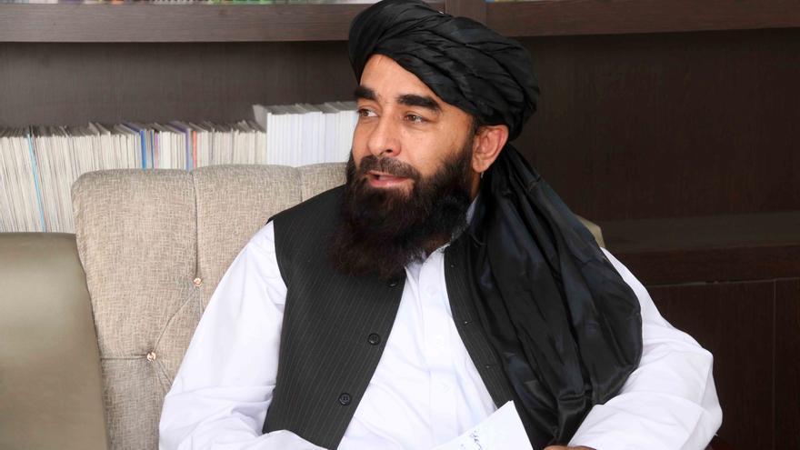 Los talibanes ordenan entregar en una semana las armas y bienes públicos