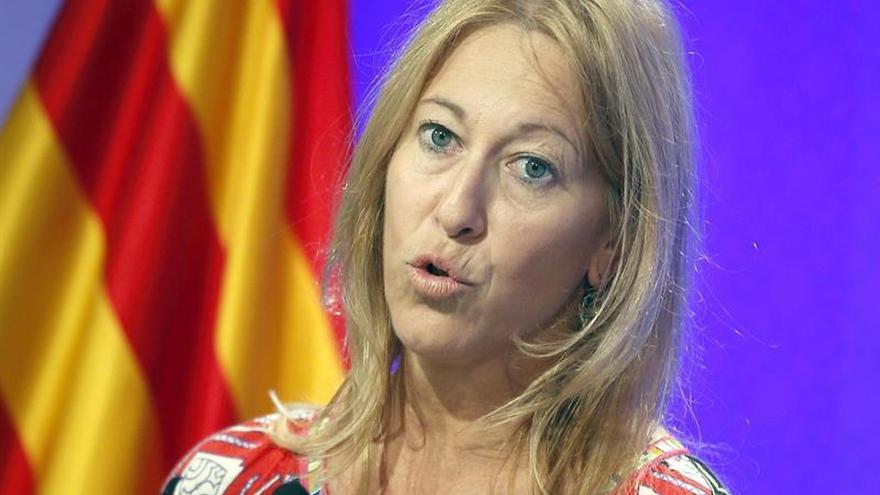Munté respeta los votos de CDC y señala que el compromiso es no investir a Rajoy