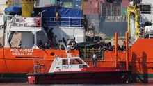 ¿Cuántas solicitudes de asilo han sido denegadas y por qué?: Carles Mulet pregunta al Gobierno por el destino de los 630 refugiados del 'Aquarius'