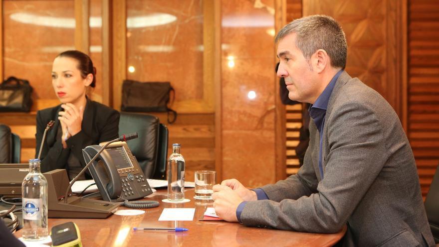 El presidente del Gobierno de Canarias, Fernando Clavijo, y la vicepresidenta Patricia Hernández, poco antes de anunciar la ruptura del pacto.