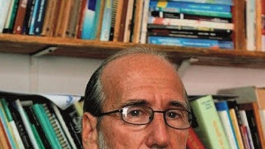 José Antonio Michelena.