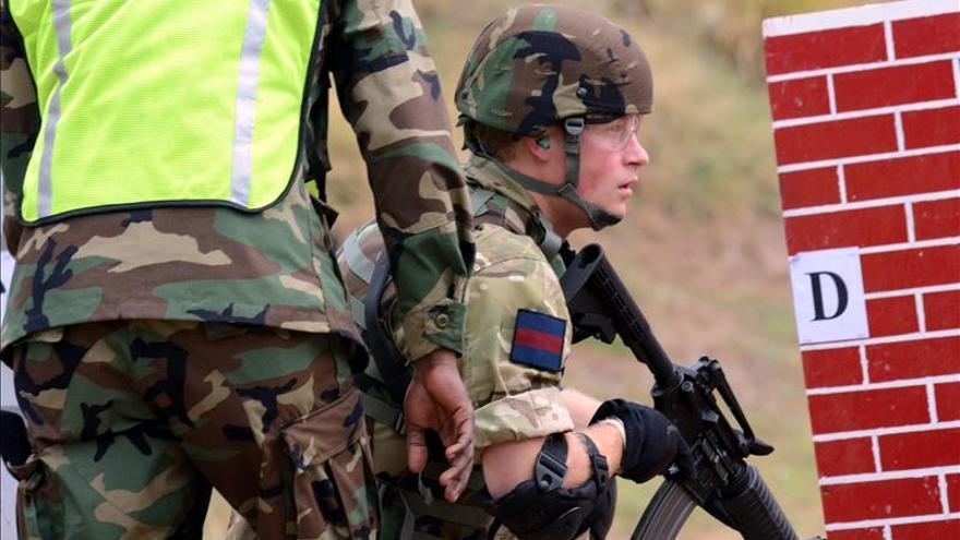 El príncipe Enrique pide la restauración del servicio militar obligatorio