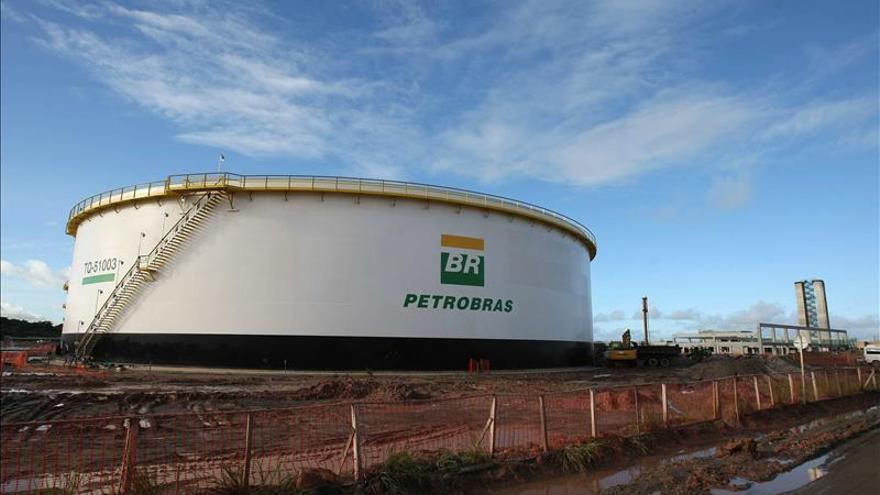 Petrobras acude a los tribunales para recuperar el dinero robado