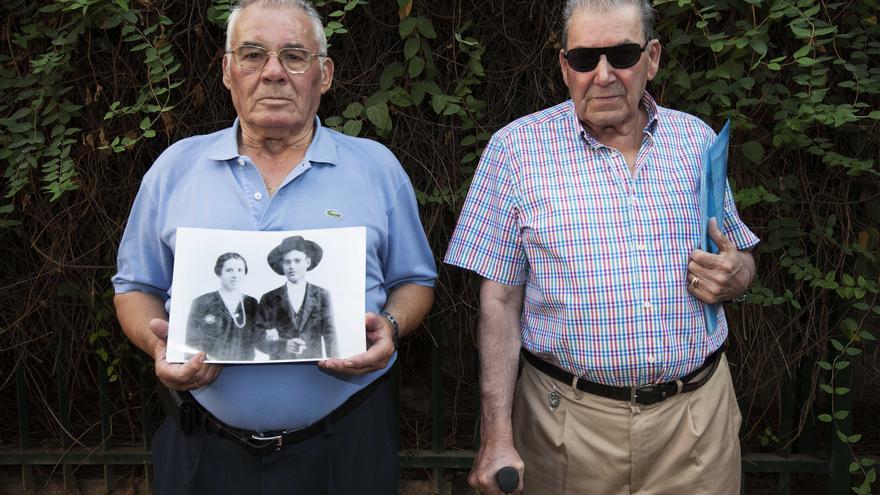 Antonio Narváez y Antonio Martínez, denunciantes en la Querella Argentina por crímenes de lesa humanidad. / Íñigo López de Audicana