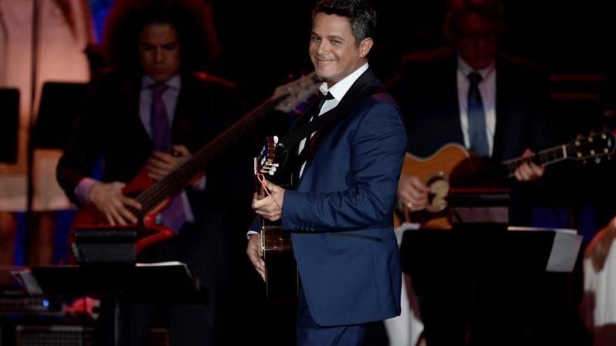 Posponen el anuncio de los nominados a los Grammy Latino por el terremoto de México