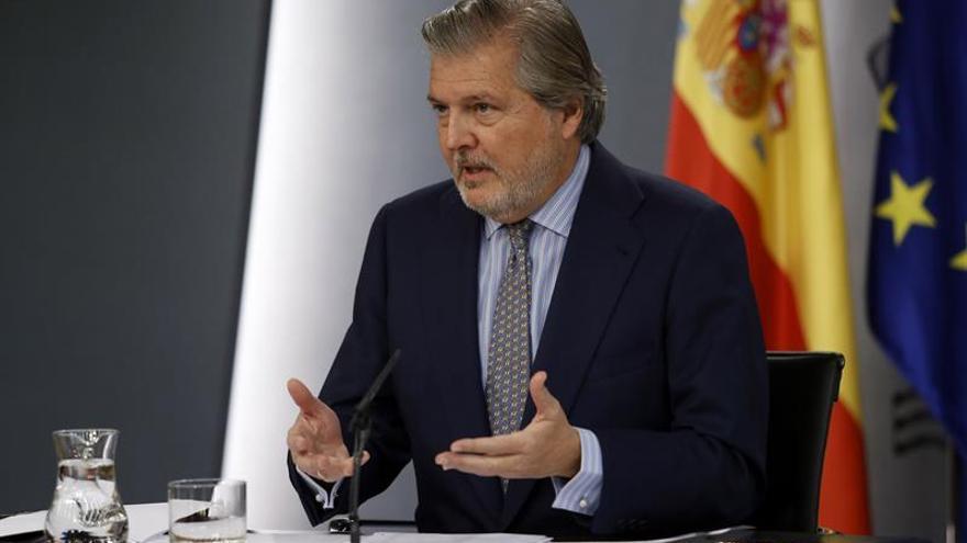Méndez de Vigo: Derogar la Lomce sería mandar al limbo a 8 millones de niños