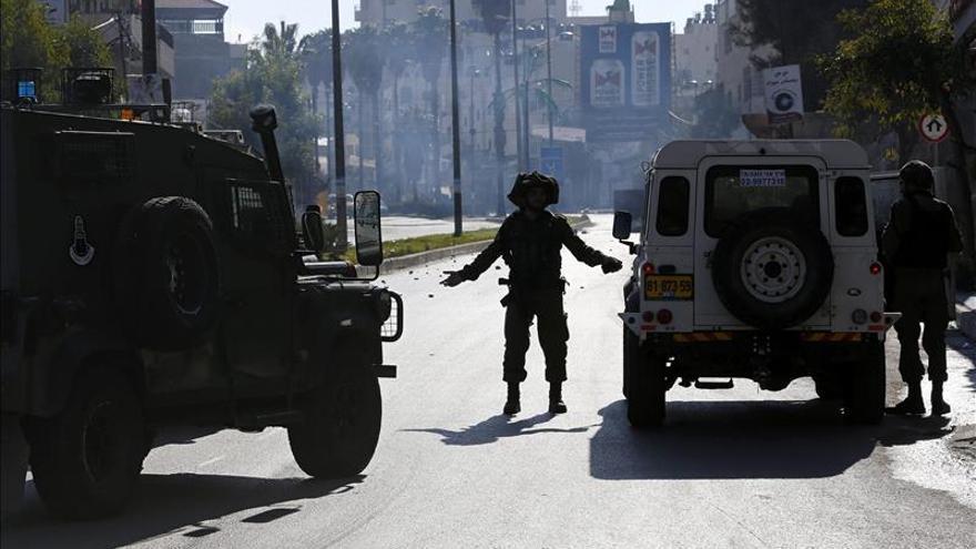 Israel bombardea blancos de Hamás en Gaza tras el lanzamiento de un cohete
