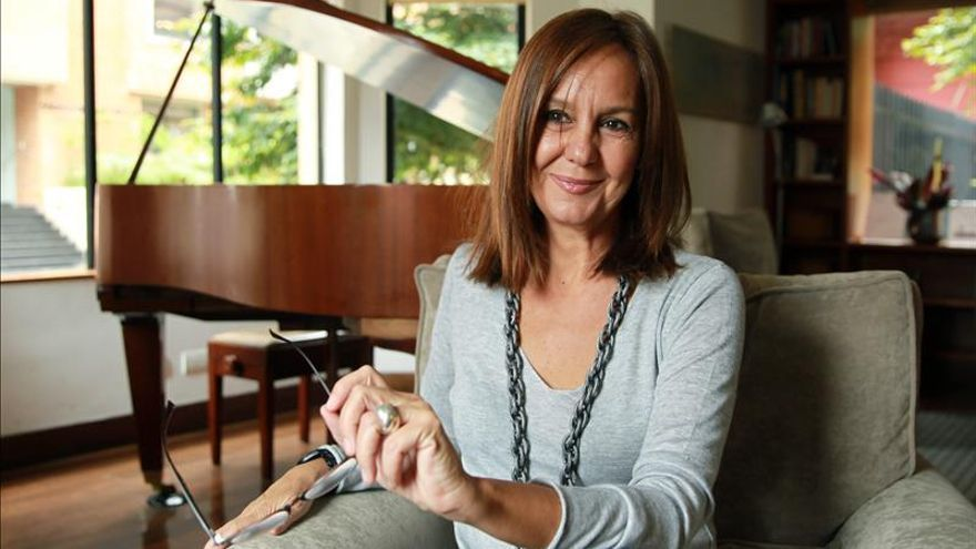 """María Dueñas achaca su éxito internacional a escribir """"historias universales"""""""
