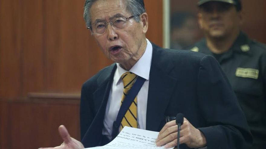 Fujimori se opone en carta a renovación partidaria que plantea su hija Keiko