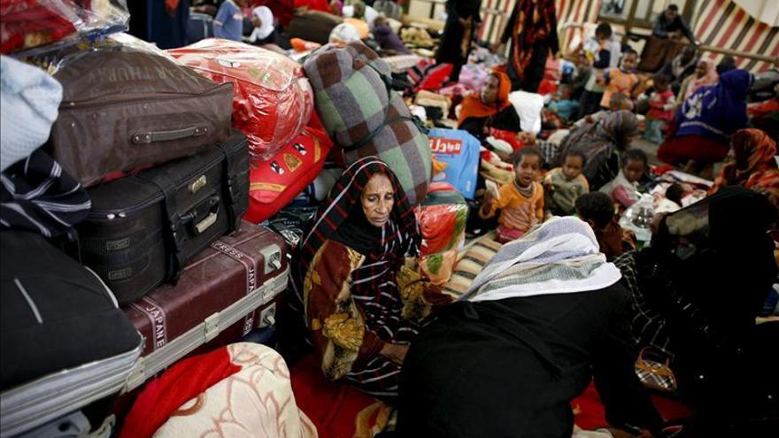 HRW denuncia la detención y expulsión de refugiados sirios en Egipto