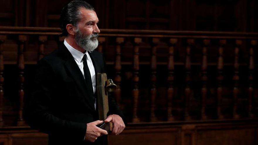 """Banderas renuncia a un proyecto teatral en Málaga por el """"trato humillante"""""""